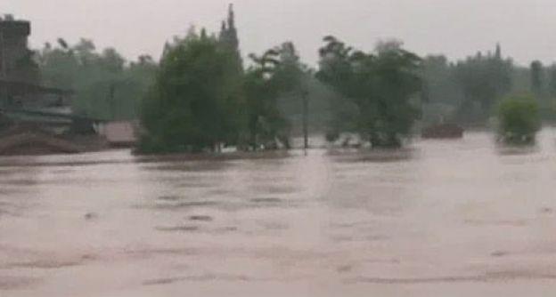 Überschwemmungen in Asien