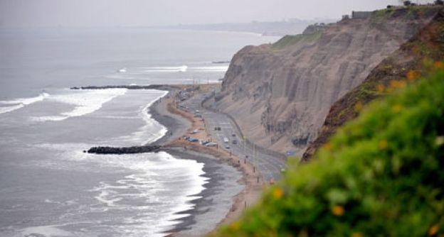 Küste vor Lima am Pazifik