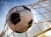 DFB - Pokalfinale: Werden die Spieler nass?