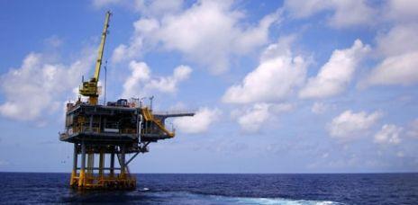 Umweltforscher für Erhöhung der Abgaben auf Öl