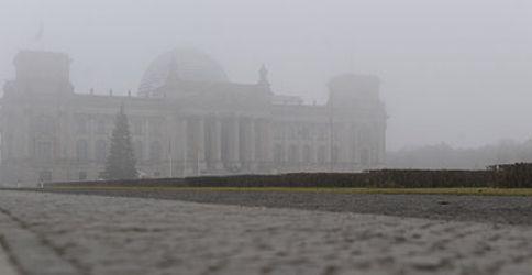 Bundestag im Nebel
