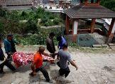 Zahl der Erdbeben-Toten übersteigt 4400