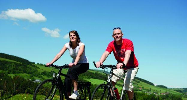 4676 Schwarzwald Tourenrad Gastro Staufen May09-gespiegelt