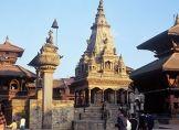 Weltkulturerbe im Tal von Kathmandu zerstört