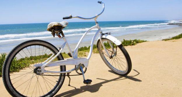Ein Fahrrad am Meer