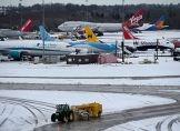 Schnee legt Flughafen Manchester lahm