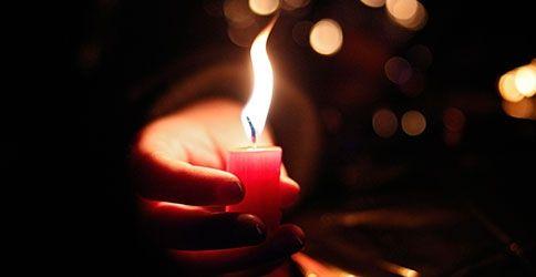 Kerze mit Flamme